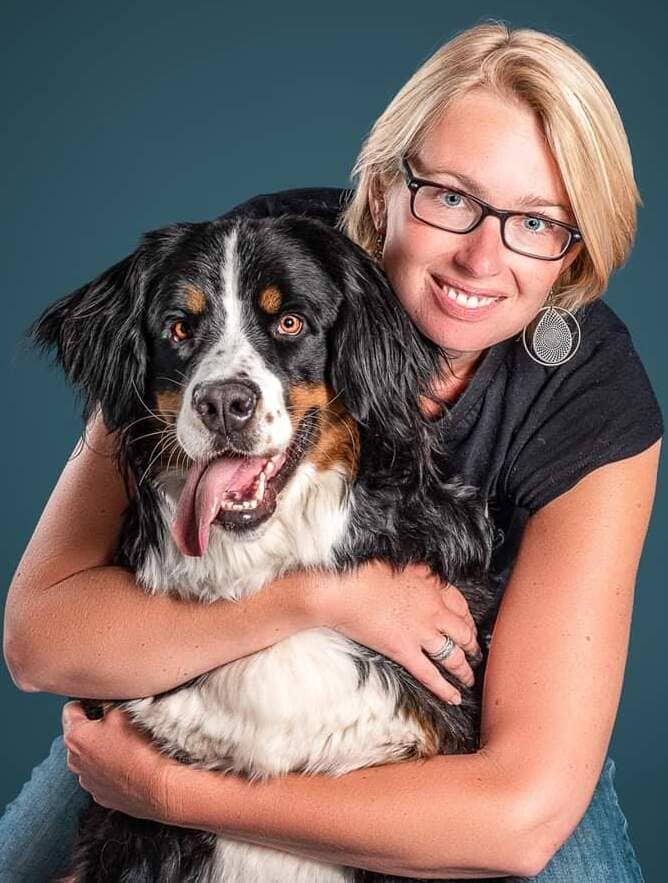 Académie Coach Olfactif - Delphine Bourlier avec son chien